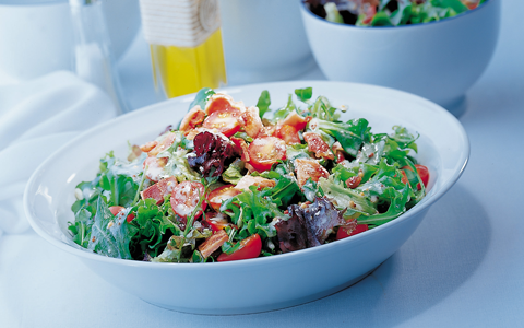 Bacon Salad with Blue Cheese Dressing