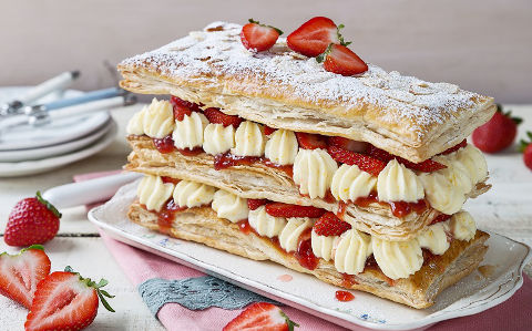 Easy Strawberry Millefeuille