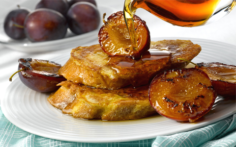 French Toast with Caramelised Plums