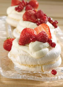 Meringues with Summer Fruits