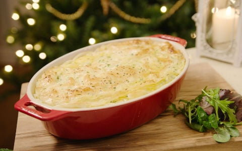 Neven's Filo-Crusted Cheesy Ham and Leek Pie