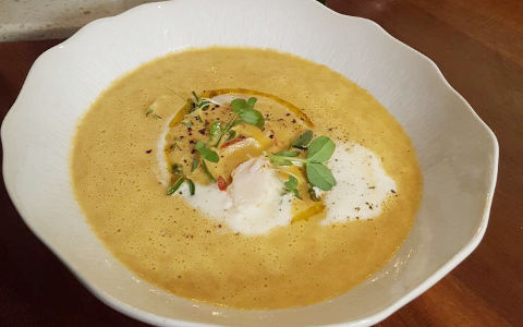 Neven's Lobster Bisque