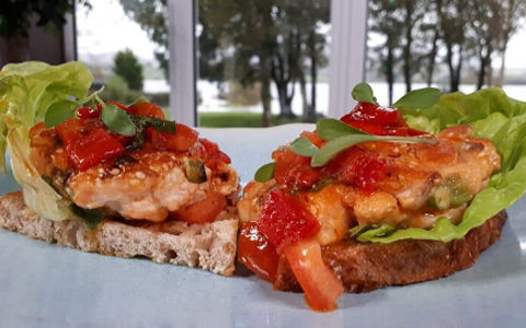 Nevens Salmon Burger with Red Pepper Salsa