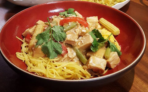 Turkey Satay with Vegetables and Noodles
