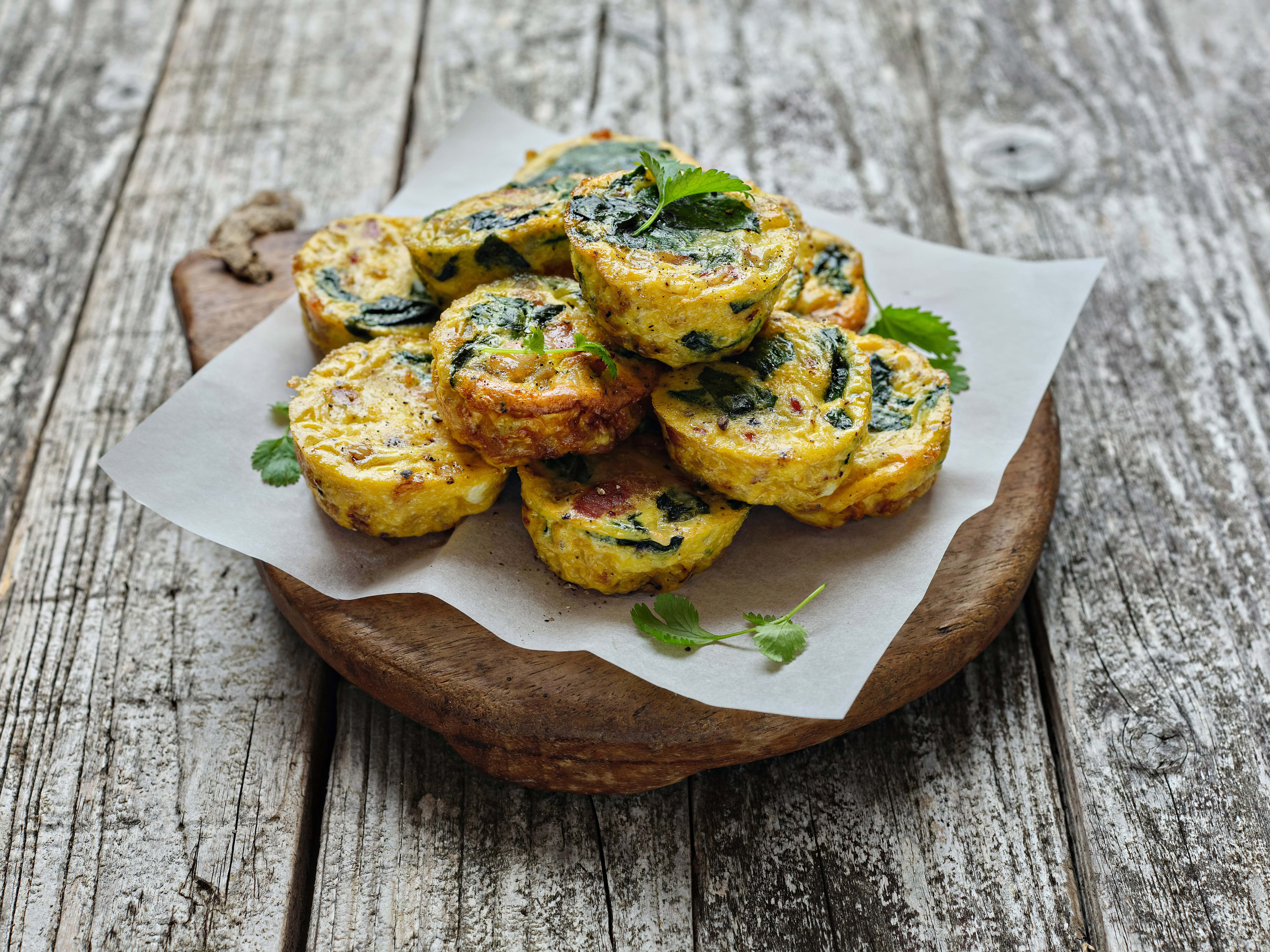 Mini Frittatas with Bacon and Spinach